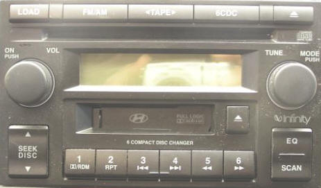 Hyundai Tucson Car Radio Removal and Repair