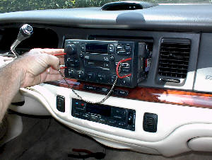 Auto Audio Repair and Removal - Lincoln - Car Stereo and Bose Speaker Amplifier Repair